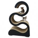 美しい曲線のダンボール猫タワー