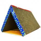 三角形のテント型つめとぎ
