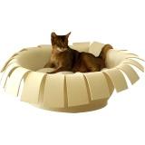 王冠のようなピュアウールフェルトの猫ベッド