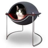 猫と同じ高さで眠れるドームハウス