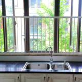窓からの転落防止を防ぐ簡易フェンス