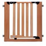 子供用フェンスでドアからの脱走を防止