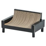 ダンボール製の猫のソファベッド