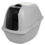宇宙船のようなデザインのフード型キャットトイレ