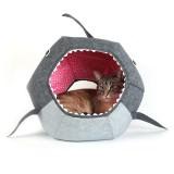 海外のサメのベッド