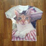 猫の写真をプリントしたオリジナルTシャツ