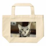 猫の写真を使って簡単にオーダーメイドのトートバックを作ることができるサービスを紹介します。