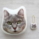 オーダーメイドの猫型クッション