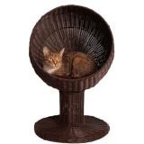 ラタン素材のドーム型猫ベッド
