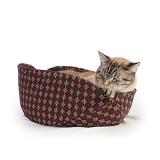 包み込まれて熟睡できる船のかたちの猫ベッド