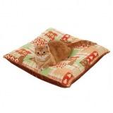 猫の体にフィットする猫用あったか座布団
