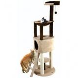 猫が好きなものを詰め込んだフランス製のキャットタワー