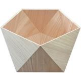 桐の素材が美しい五角形の猫ベッド