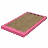 ピンクのフレームが特徴のボード型つめとぎ
