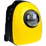 猫が宇宙船に乗っているようなキャリーバッグ