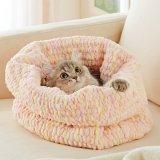 猫がふみふみしたくなる編み込みベッド