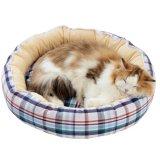 季節を問わず快適に過ごせる猫のためのクッションベッド