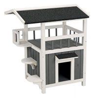 屋根とバルコニー付きの木製キャットハウス