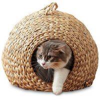 天然の水草で作られた猫ちぐらタイプのキャットハウス