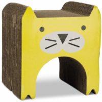 猫の顔が描かれたダンボール製のつめとぎ